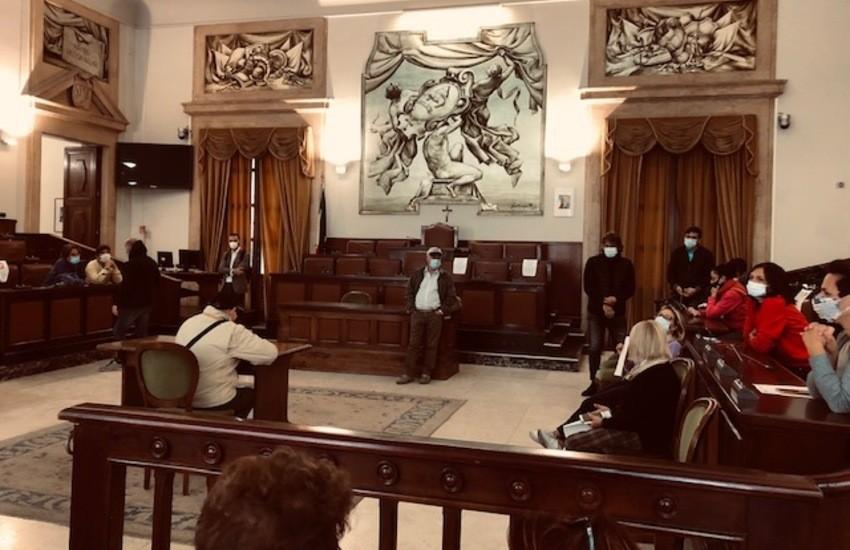 Catania, tampone negativo per i consiglieri comunali