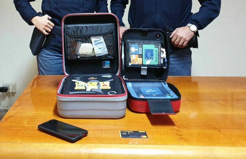 Appio, rubavano defibrillatori nelle stazioni metro fra Arco di Travertino e Giulio Agricola