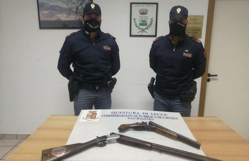 Due fucili da caccia con matricola abrasa in giardino. Arrestato 39enne di Taurisano