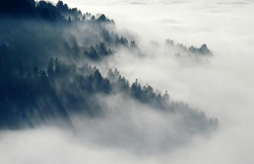 Meteo L'Aquila: nubi basse e banchi di nebbia in diradamento