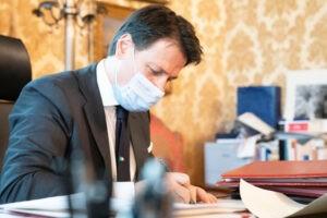 Crisi, consultazioni fino a venerdì di Mattarella. Governo tecnico all'orizzonte?