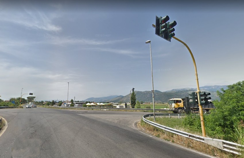 """Sezze, anche il prefetto scende in campo per il ripristino del semaforo alla """"Storta"""""""