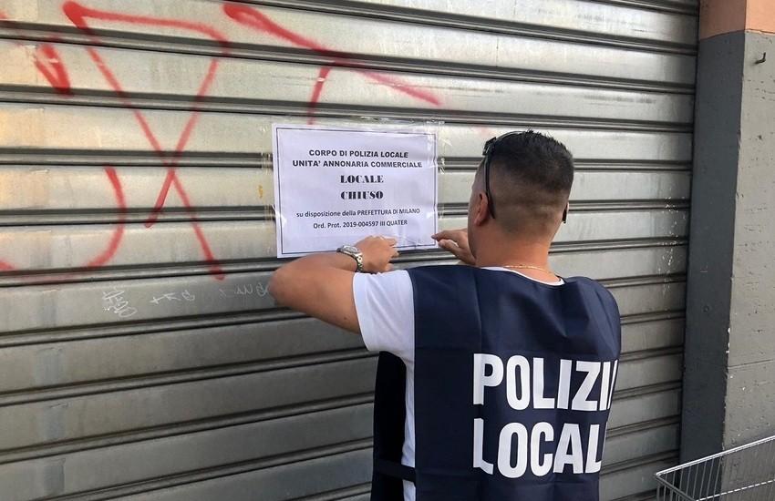 Milano, chiusura immediata di un bar per assembramenti e sanzioni per mancato uso della mascherina