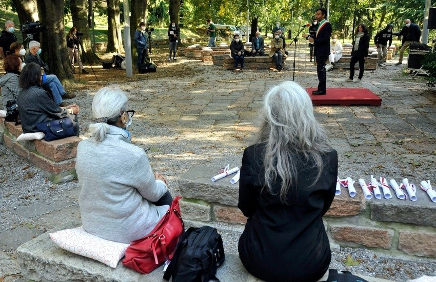 """Milano, giardino virtuale dei """"Giusti del Monte Stella"""", 12 nuovi iscritti – Foto gallery"""