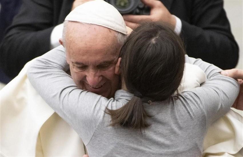 """""""Più donne ai vertici della Chiesa"""". Papa Francesco dice che è ora"""