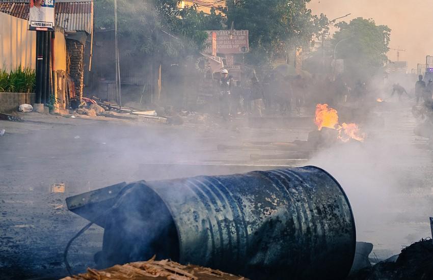 """Confcommercio si dissocia dalle proteste violente di ieri: """"dietro la guerriglia forze criminali"""""""