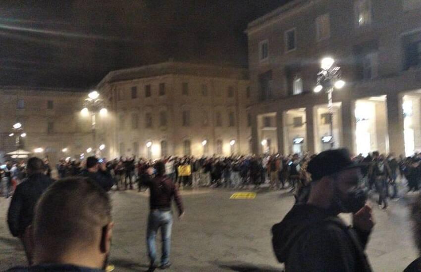 """Assembramenti a Lecce. Salvemini intima chiusure: """"O lo fa il Governo, o lo faccio io"""""""