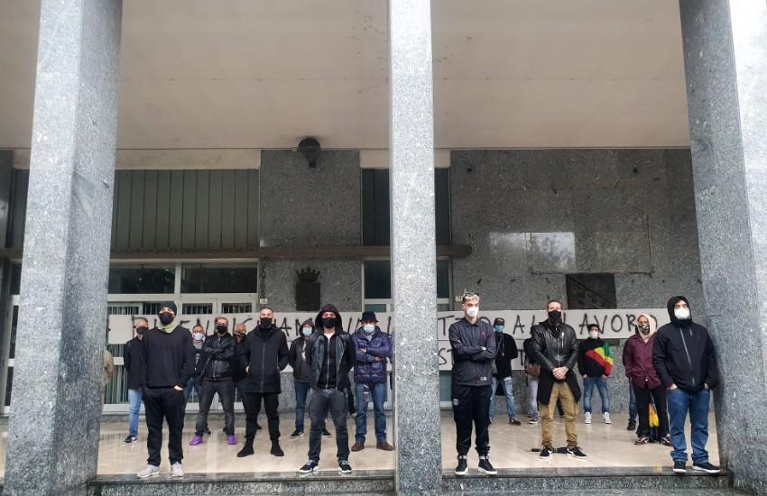 """La protesta degli imprenditori Casertani: """"non vogliamo sussidi ma sicurezza"""""""