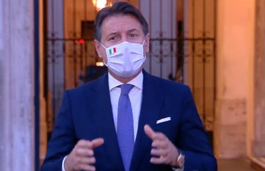"""Conte, dopo la lunga trattativa, il via libera: """"Nuovo dpcm per scongiurare un altro lockdown"""""""
