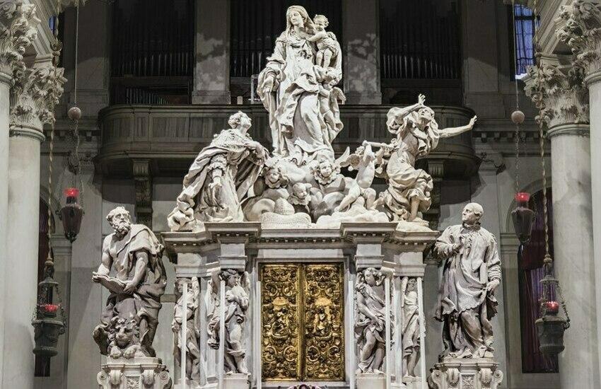 Venezia celebra la Madonna della Salute