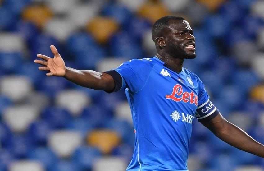 Napoli-Sassuolo 0-2, brutto tonfo per gli azzurri. Una sconfitta che impone delle riflessioni