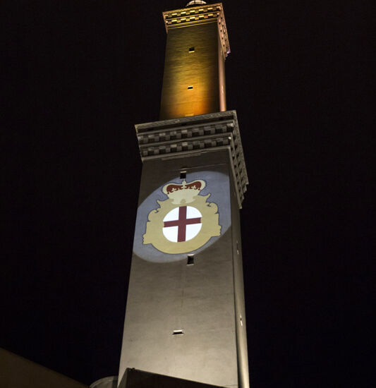 lanterna di Genova in arancione