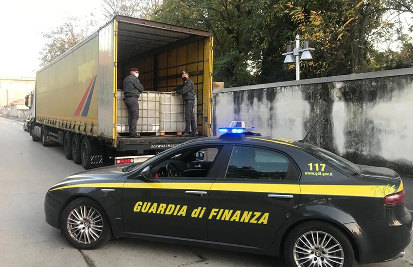 Caserta, nella caserma Domenico Bovienzo i 247 anni della Guardia di Finanza