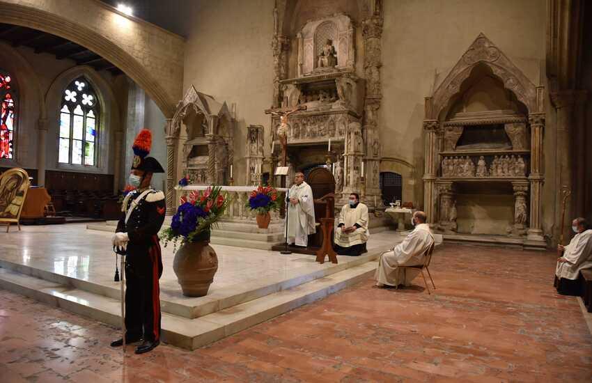 Virgo Fidelis, cardinale Sepe celebra la Patrona dell'Arma dei Carabinieri nella basilica di Santa Chiara