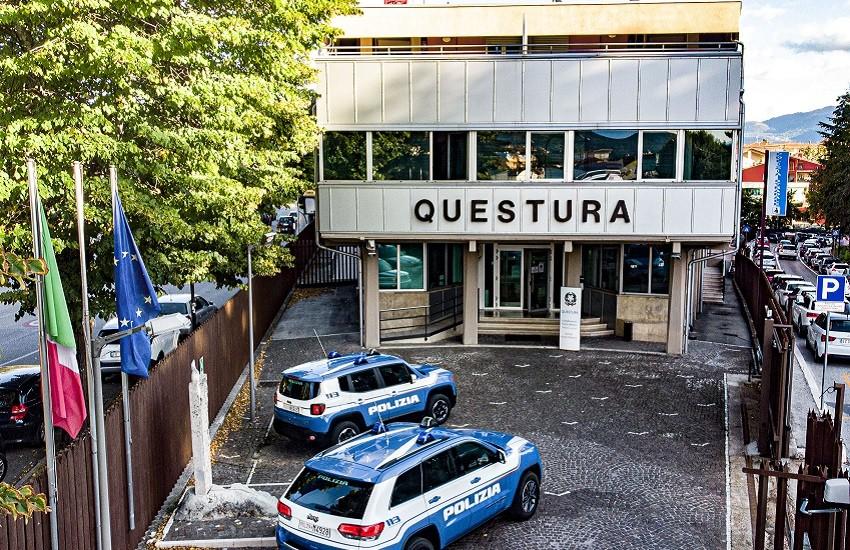 Polizia di Stato: fine settimana di controlli presso i centri commerciali della città