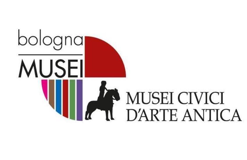 Donazione di 16 antichi manufatti per i Musei Civici d'Arte Antica di Bologna