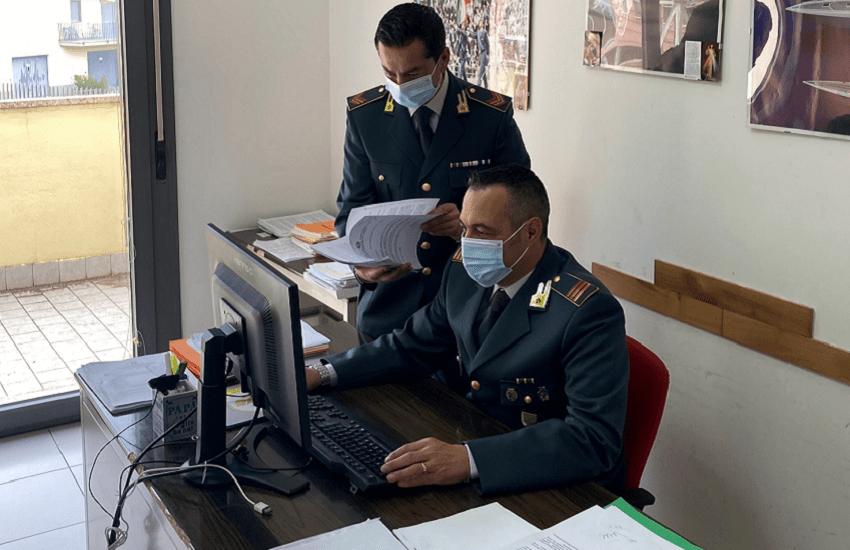 False griffe, sequestro di 2mila borse per 500mila euro di valore