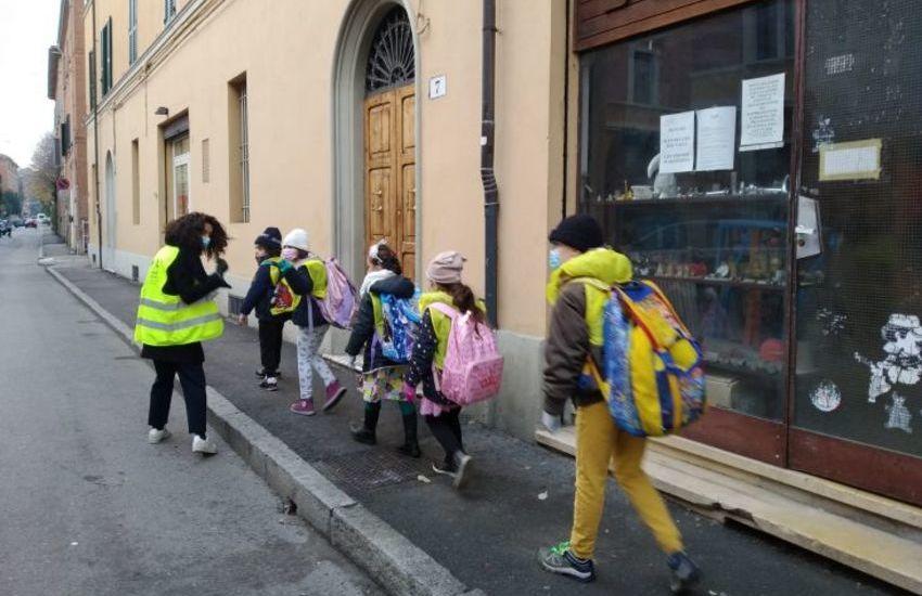 """Tar Lombardia accoglie ricorso contro ordinanza Comitato """"A scuola"""": """"ora superiori potranno andare in presenza"""""""