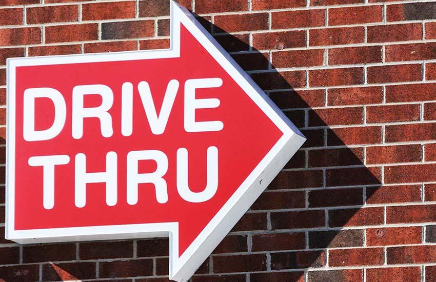 Scuola, da lunedì 7 punti Drive Through per tamponi rapidi