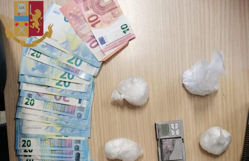 [VIDEO] Roma, lotta allo spaccio di droga, la Polizia arresta 16 persone, tra cui un minore