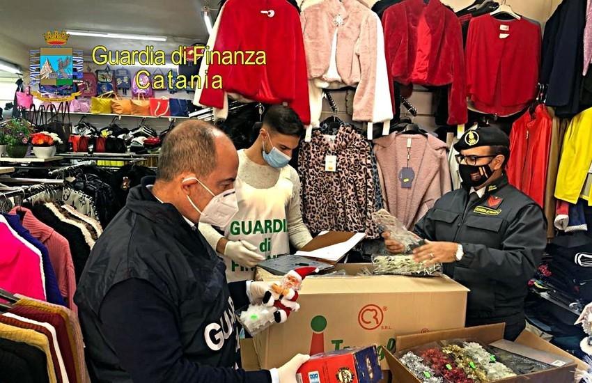 Ramacca, la Finanza sequestra 5000 prodotti natalizi non sicuri in un ingrosso gestito da cinesi