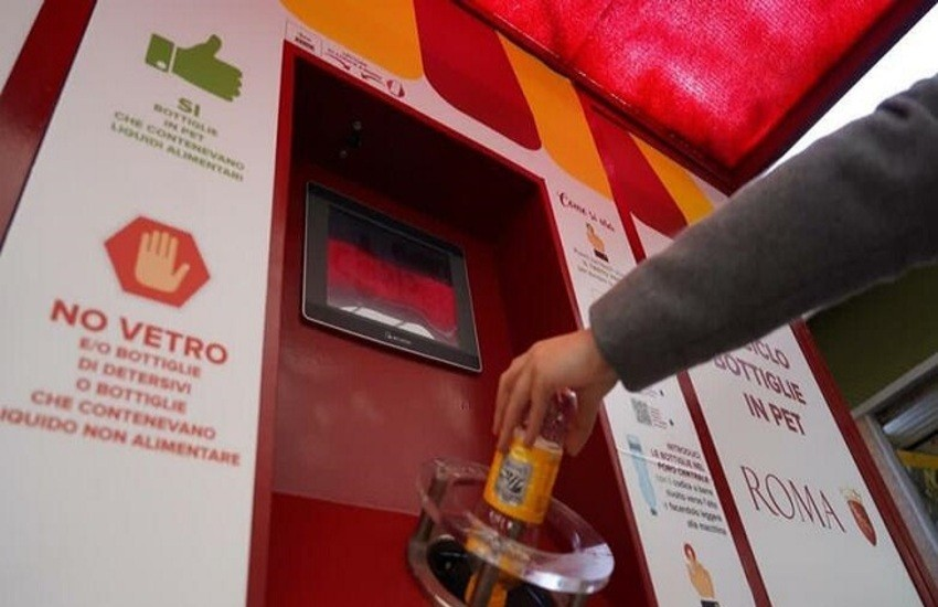 Attivate macchinette mangiaplastica nei mercati Ostia Lido e Italia