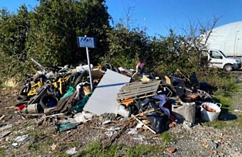 Porta a Terra e Parco Terme del Corallo: interventi per la rimozione di rifiuti abbandonati