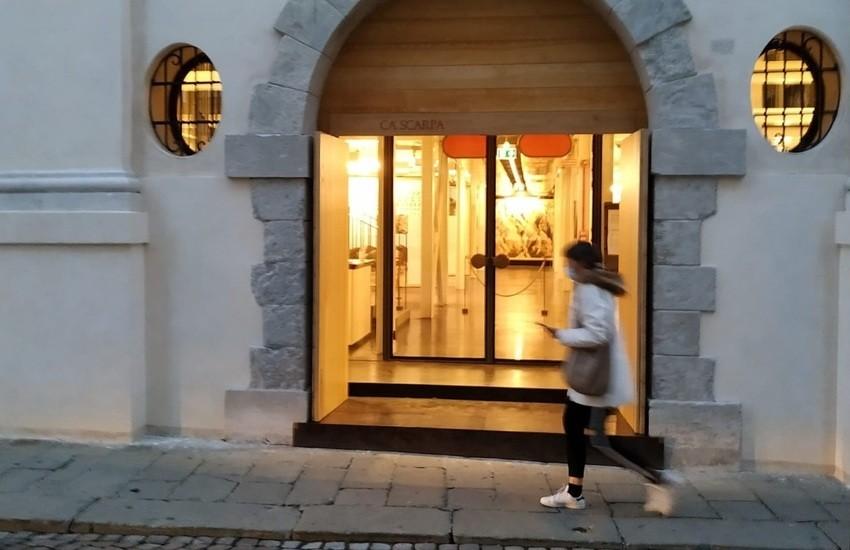 La Fondazione Benetton riapre il bookshop di Ca' Scarpa e il centro documentazione