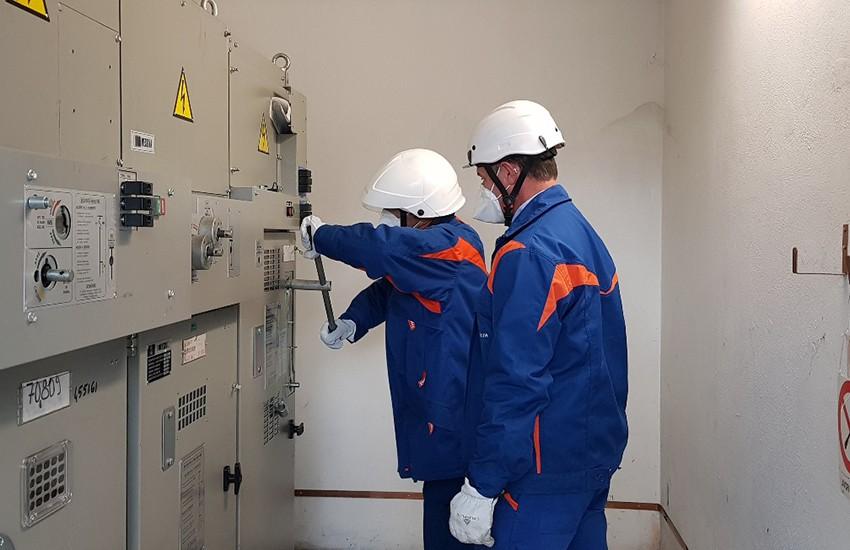 """Enel """"dona"""" collegamento alla rete elettrica per il Centro Covid Pegaso da 340 posti che apre domani a Prato"""
