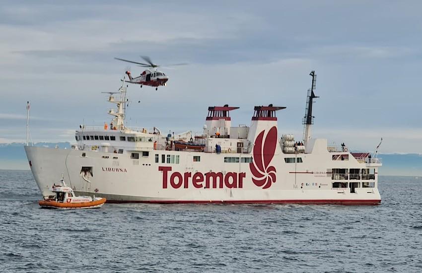 SEASUBSAREX 2020: esercitazione complessa aeronavale di ricerca e soccorso in mare al largo di Livorno