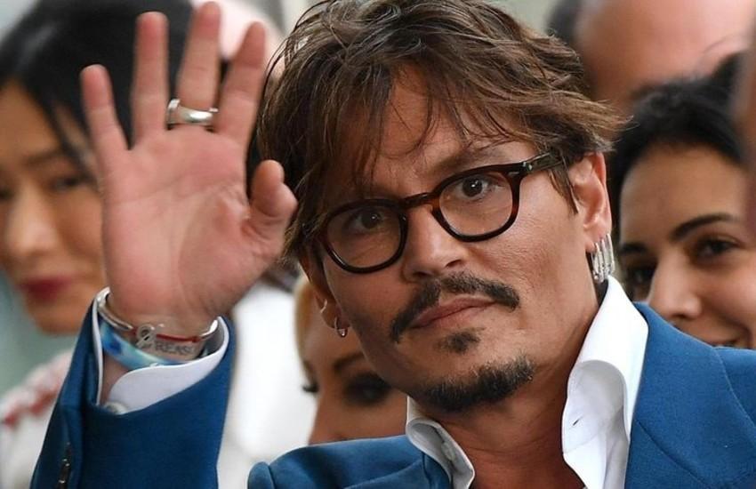 """Netflix """"banna"""" Johnny Depp? Ecco la verità"""