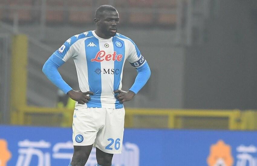 Infortuni Napoli, le condizioni di Koulibaly e Lozano. Brutte notizie per Gattuso