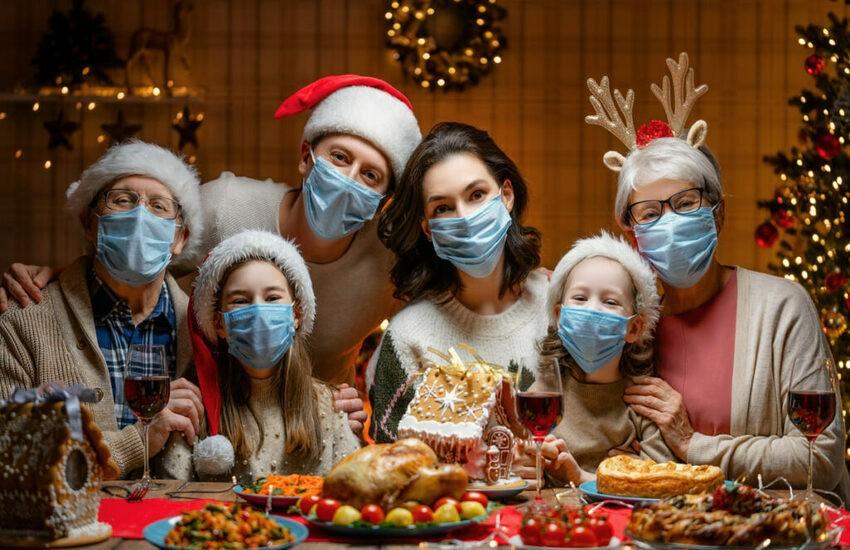 """Coronavirus, verso il nuovo Dpcm, linea dura sul Natale. Toti: """"No a misure vessatorie per le feste"""""""