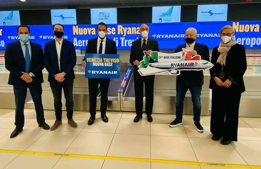 Ryanair fa base a Treviso