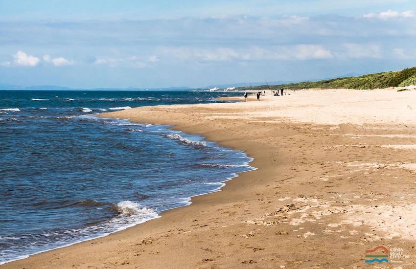 Mare, oggi 2 Giugno apertura a tempo di record per la spiaggia libera n. 3 della Plaia