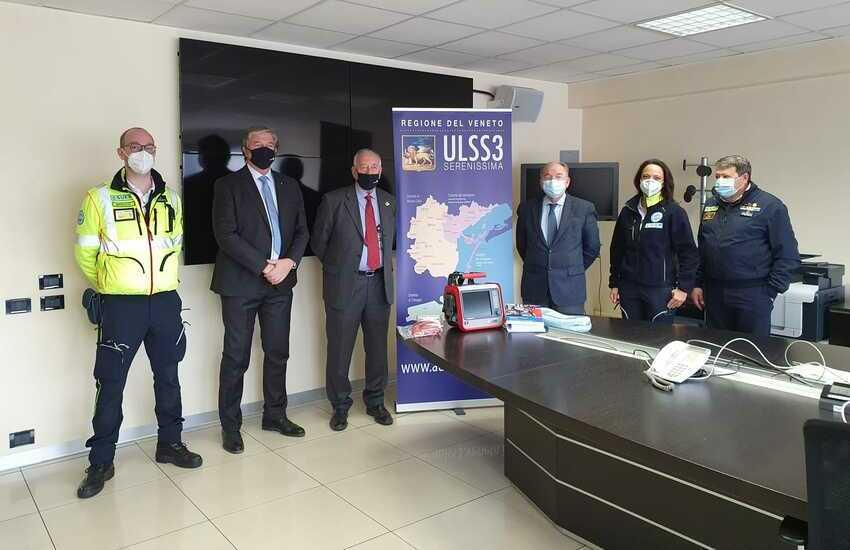 Rotary Padova dona al Suem118 un ventilatore per le ambulanze