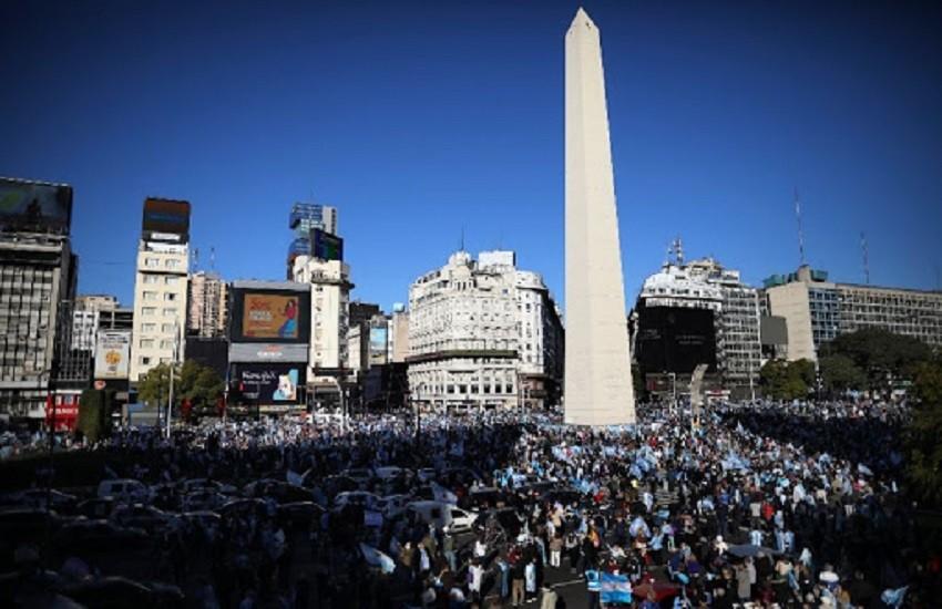 Spese straordinarie Covid, l'Argentina tasserà i patrimoni