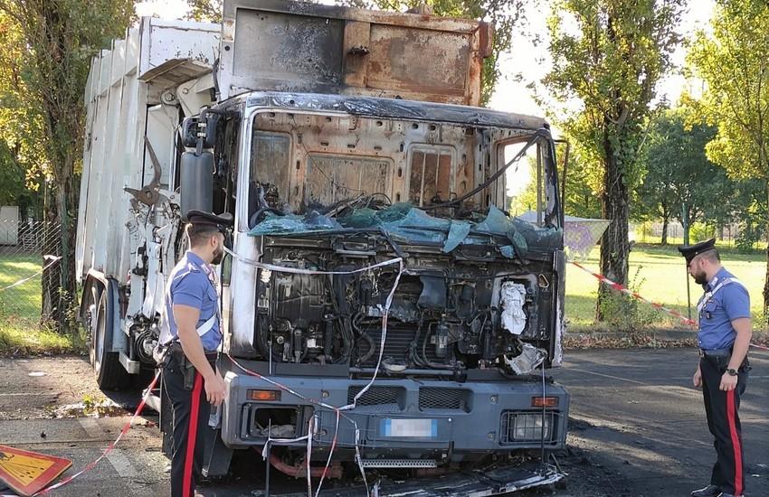 Castenaso (BO): denunciati in due per danneggiamento seguito da incendio