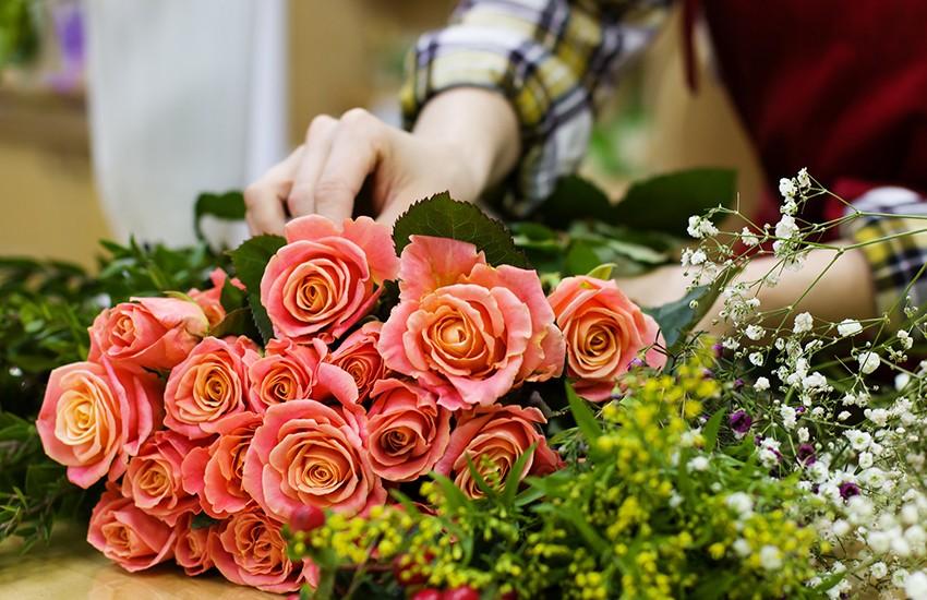 Senza cerimonie i fioristi sono stati privati del loro principale indotto. Rischio chiusura