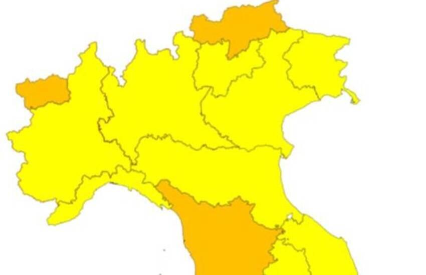 Da lunedì la Puglia torna in zona gialla, ma Emiliano non è d'accordo