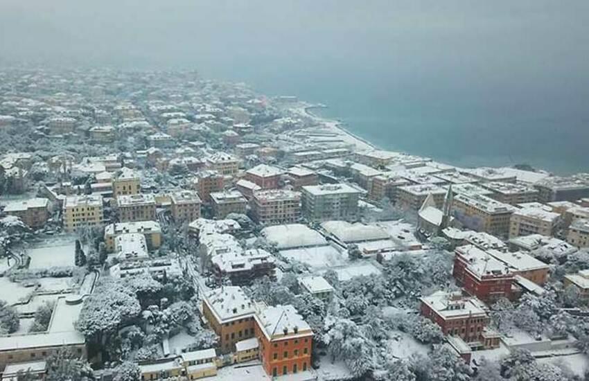 Meteo, al via l'inverno, vortice freddo russo in arrivo su Italia ed  Europa:  allerta neve sulla Liguria