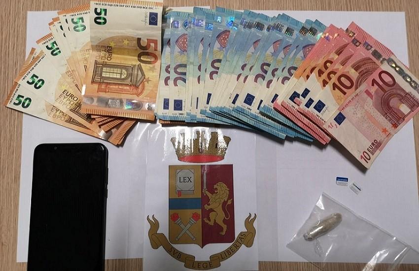 Polizia di Stato: arresto per spaccio di stupefacenti, in flagranza di reato