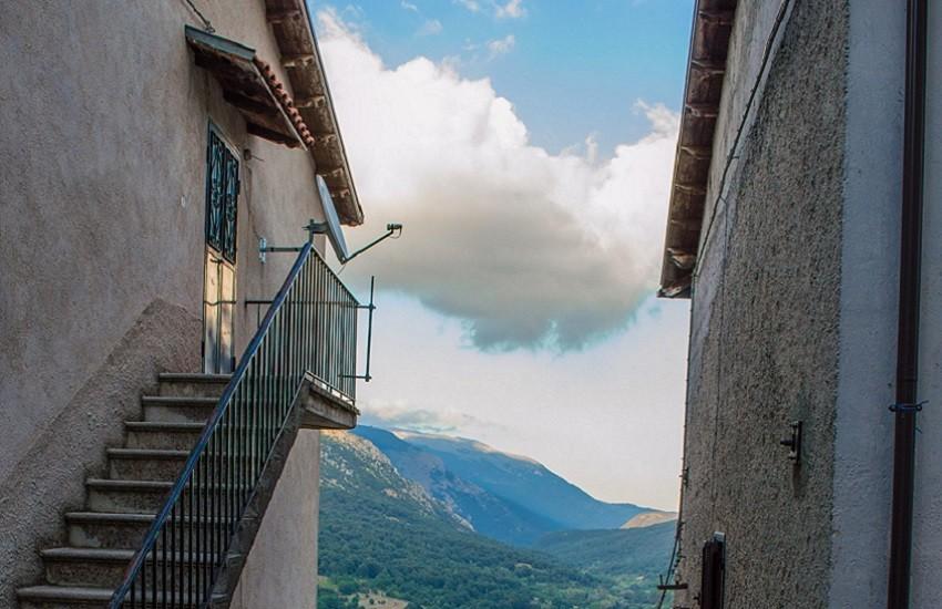 Regione, legge di contrasto allo spopolamento dei centri montani: il Comune dell'Aquila presenta proposte di emendamenti
