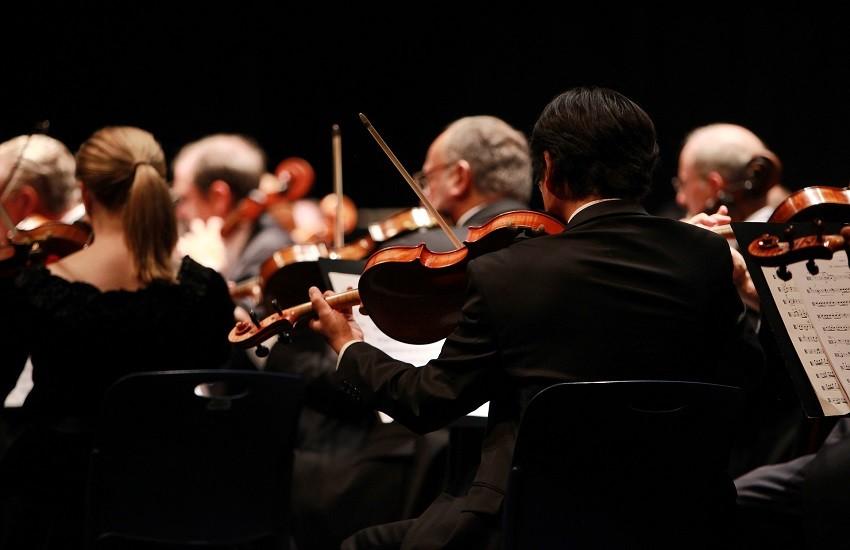 Concerto di Natale al Teatro dell'Unione (partecipazione straordinaria di Antonella Ruggiero)