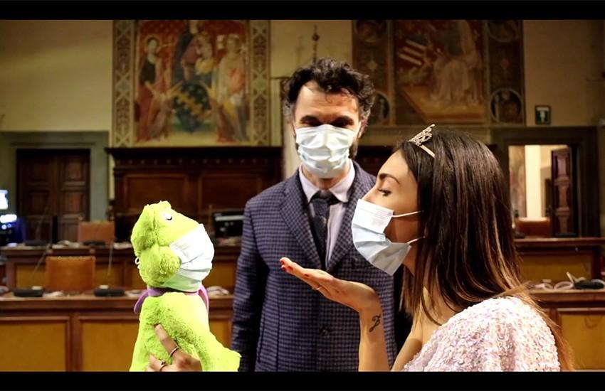 Regole anti contagio, la mascherina anche nelle favole. 30 secondi di video per ricordare ai giovani l'uso delle protezioni