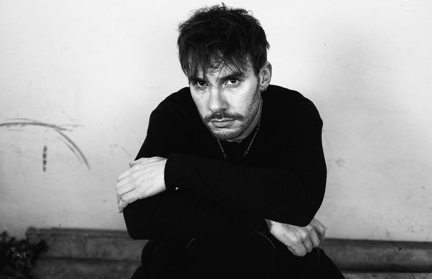 """""""Respira"""", l'album di esordio di Ugo Fagioli"""
