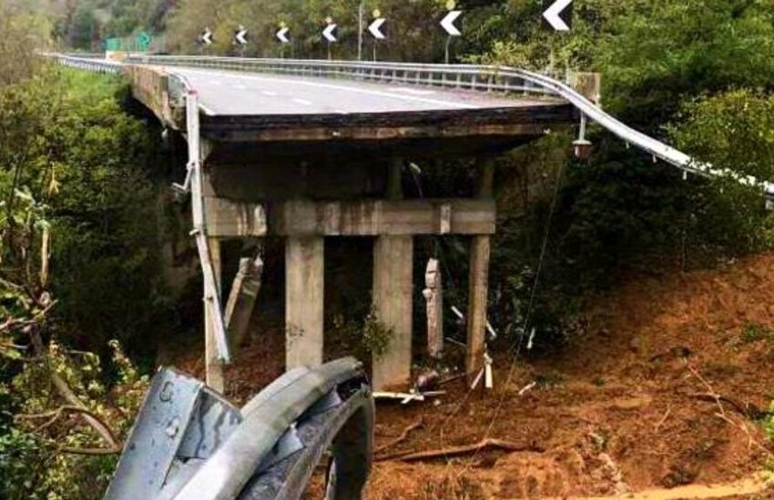 Autostrade, crollo viadotto A6: periti escludono responsabilità, verso l'archiviazione
