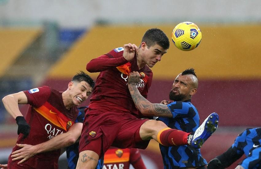 Roma e Inter si annullano. La Juve risale. E ora il derby d'Italia
