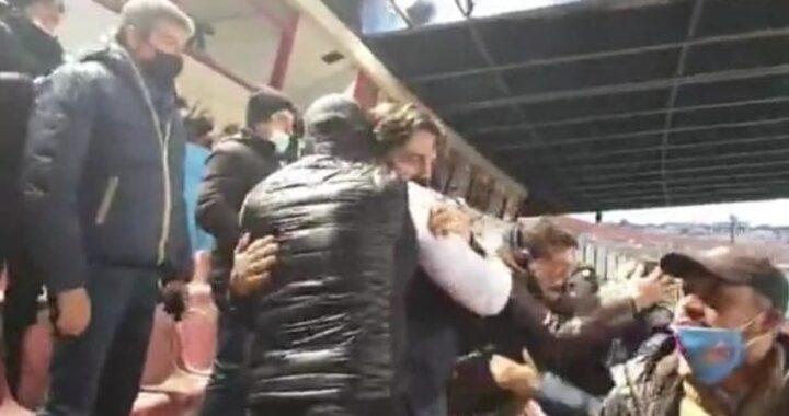 """Abbracci Pogliese Tacopina, polemiche dal M5S: """"Cattivo esempio"""""""