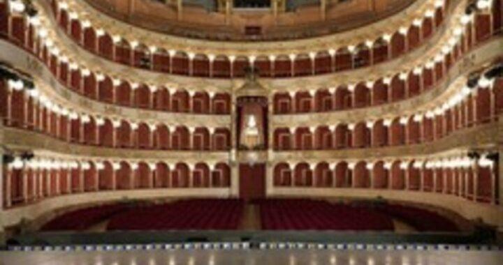 """Non fa il tampone per problemi di salute, licenziato musicista della """"Toscanini"""""""